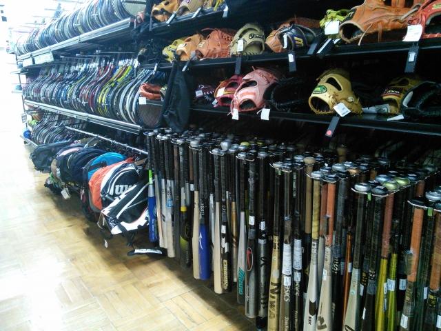 スポーツデポの店舗と営業時間と商品の一覧
