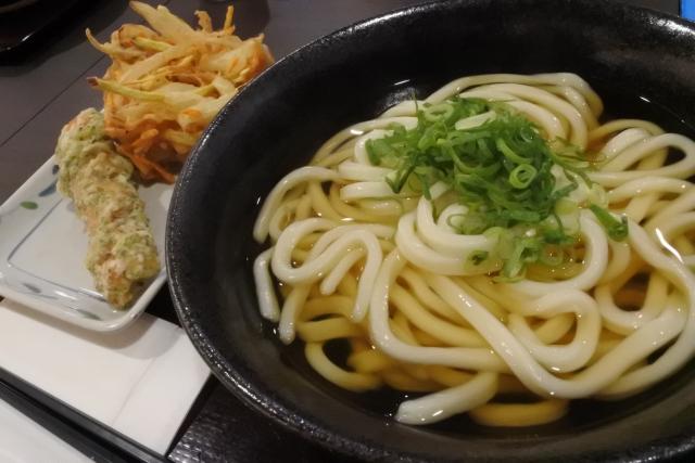 丸亀製麺の店舗やメニューと半額サービス